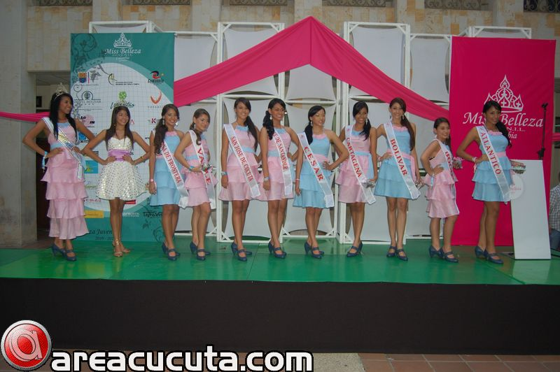 Imposicion de Bandas Miss Belleza Juvenil Colombia