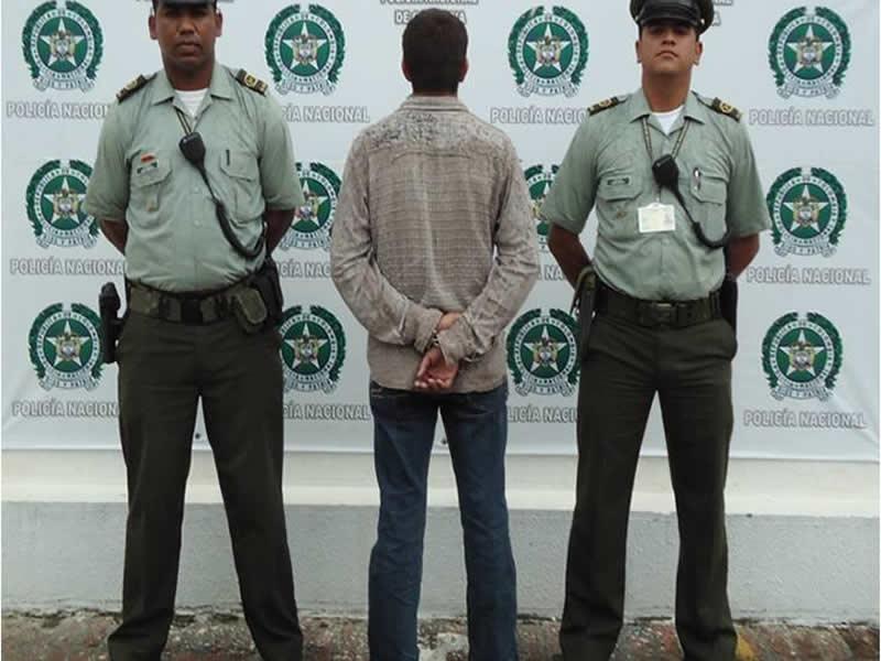 Policía Nacional Captura Un Hombre Por El Delito De Porte Ilegal De Armas