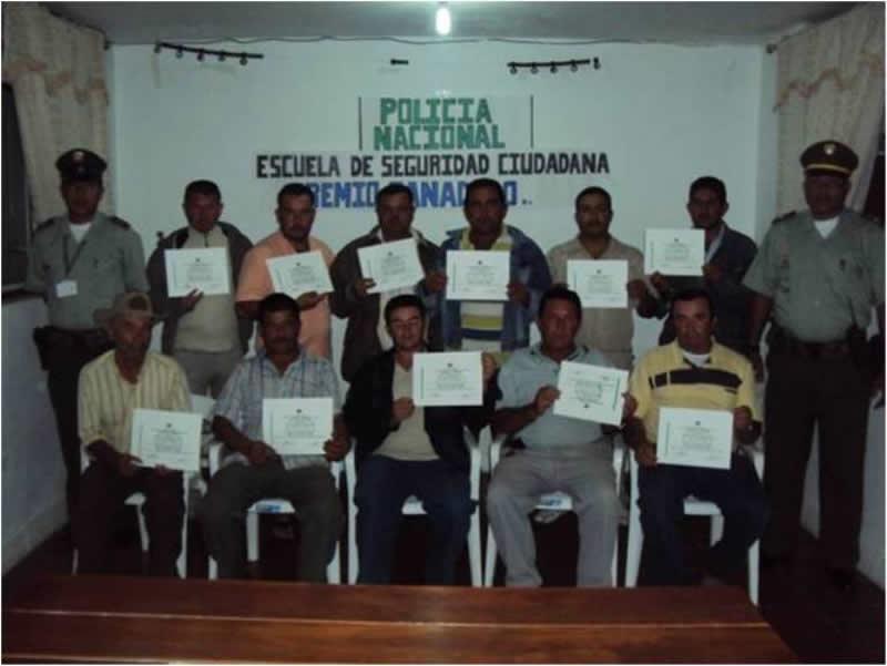 Policía Nacional Clausura Escuela De Seguridad Ciudadana Integrada Por Ganaderos