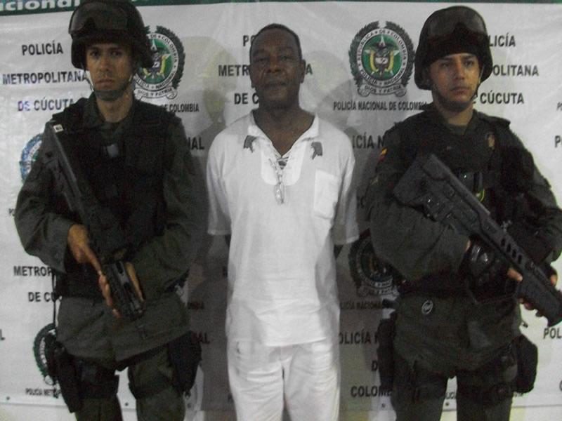La Policía Nacional Por La Protección De La Ciudadanía