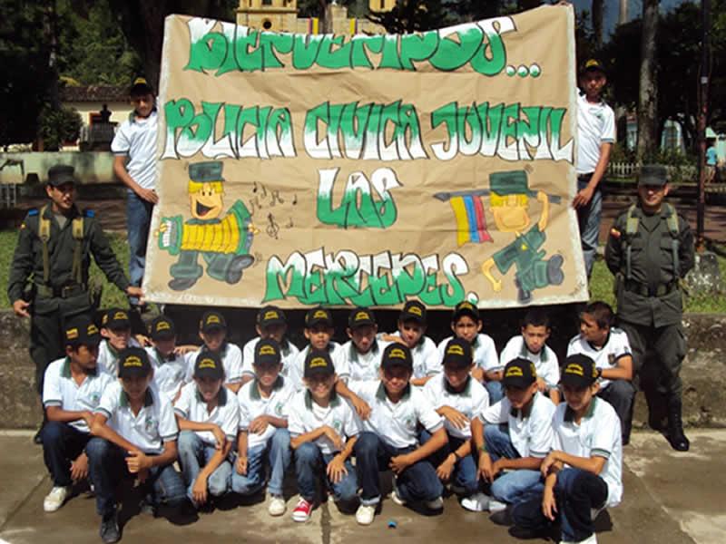 Policía Nacional Graduó A 25 Patrulleritos Cívicos Juveniles En El Corregimiento De Las Mercedes.