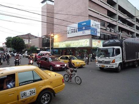 Fenalco Espera Que El Día Del Amor  Y La Amistad, Mueva Las Registradoras De El Comercio Local