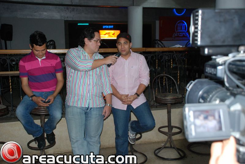 Entrevista Con Felipe Pelaez