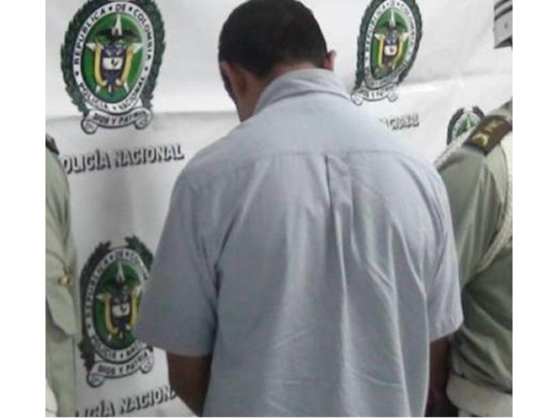 Policía Nacional Captura En Ocaña A Un Hombre Con 14 Dosis De Cocaína
