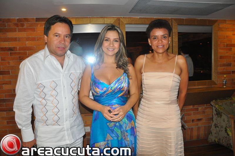 Visita de Vicky Davila Al Restaurante Espezia