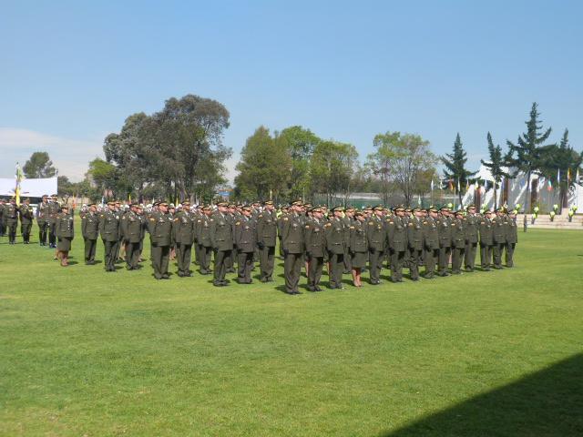 Nacional Asciende A Oficiales De La Institución Al Grado De Coronel