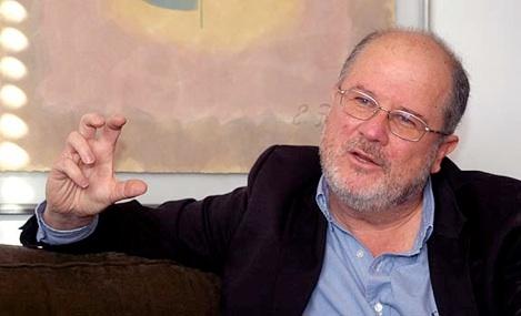 """""""SOY UN FAMOSO ENTRE COMILLAS: """" Gerardo Reyes Copello periodista y escritor cucuteño"""