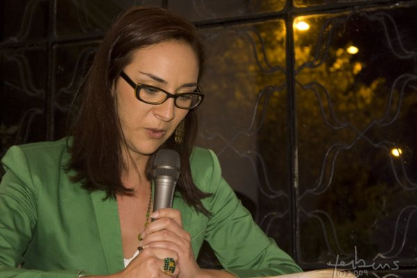 """Margarita  Posada  Escritora  Bogotana """"Soy  Una  Escritora  Y  Periodista"""""""