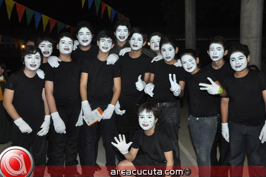 Noveno Festival de Talentos en el Andino Bilingûe School