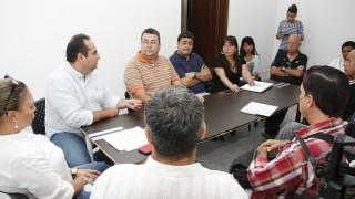 Reunión con presidente de la Liga de Baloncesto para hablar del inicio de los arreglos en la cubierta del coliseo Toto Hernández  (1)