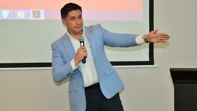 La compañía BBC, company será la encargada de la comercialización del proyecto bajo la dirección de su Gerente Miguel Nuñez