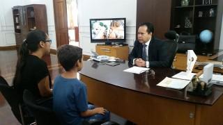 Gobernador de Norte de Santander recibe a Joan Sebastián en su despacho (1)