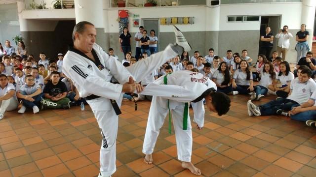 Indenorte promueve competencias deportivas en los colegios de la región (2)