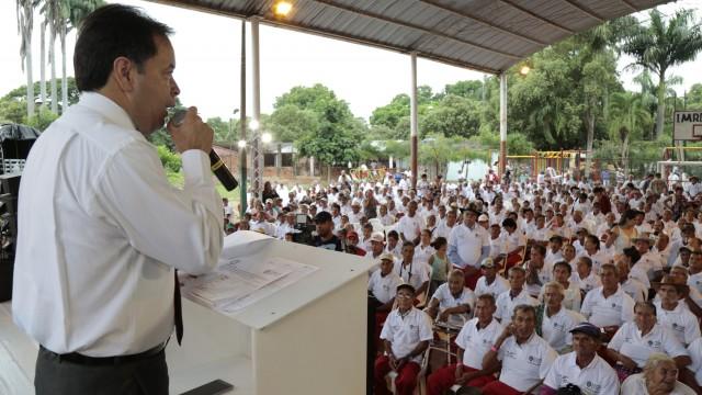Entrega de ayudas a adultos mayores zona rural de Cúcuta (2)