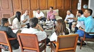 Gremios de la ciudad exigen más apoyo al gobierno nacional (2)
