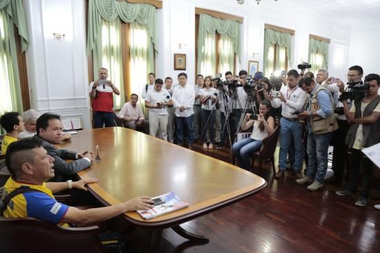 Rueda de Prensa Josimar Calvo (2)