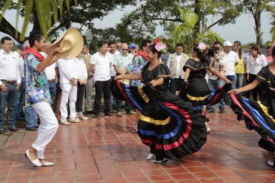 Visita institucional en Puerto Santander (8)