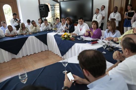 Reunión con Ministras (15)