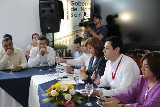 Reunión con Ministras (24)