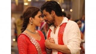 """Los actores Mahira Khan y Shahrukh Khan en la película """"Raees"""", estrenada en la India en enero de 2017.Cortesía"""