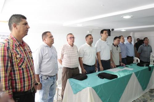 Entrega de Ayudas Alimentarias para Familias Víctimas del Conflicto de 8 Municipios (1)
