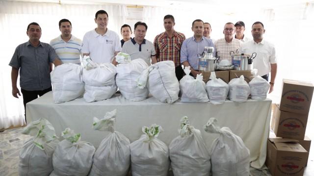 Entrega de Ayudas Alimentarias para Familias Víctimas del Conflicto de 8 Municipios (18)