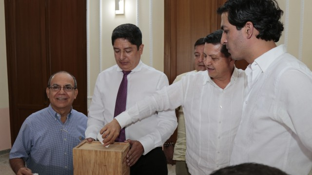 Elección de contralor y secretario general Asamblea (3)