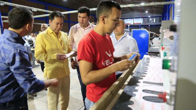 Inauguración planta de producción en la zona franca (4)