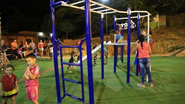Inauguraci_n parque biosaludable y cancha en Villa del Rosario (12)