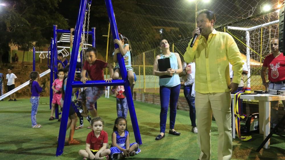 Inauguraci_n parque biosaludable y cancha en Villa del Rosario (8)