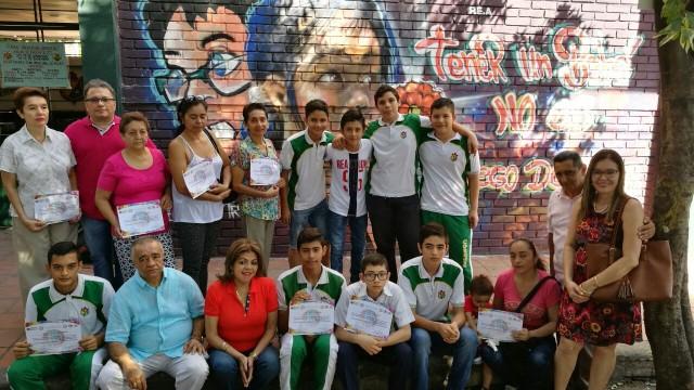 Murales pintados para prevenir el embarazo adolescente (2)