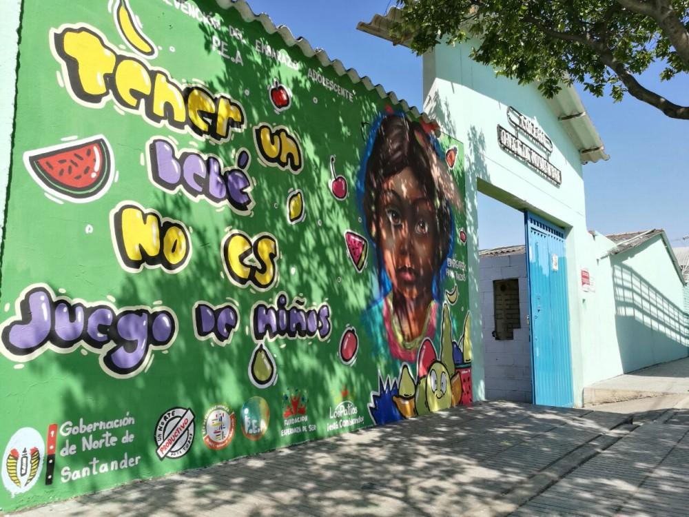 Murales pintados para prevenir el embarazo adolescente (6)