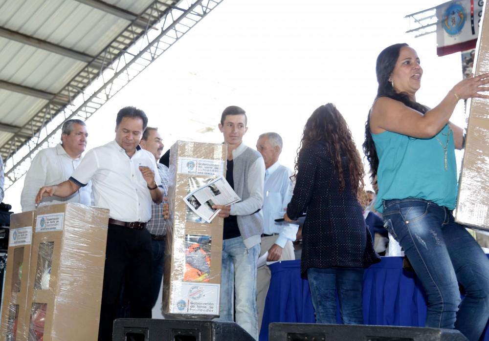 Visita institucional La Playa de Belén (14)
