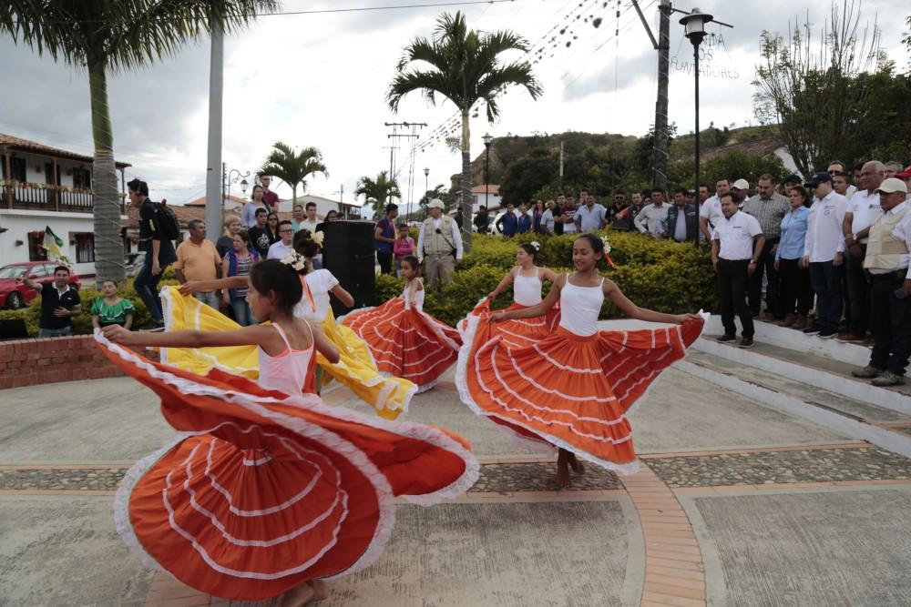 Visita institucional La Playa de Belén (3)