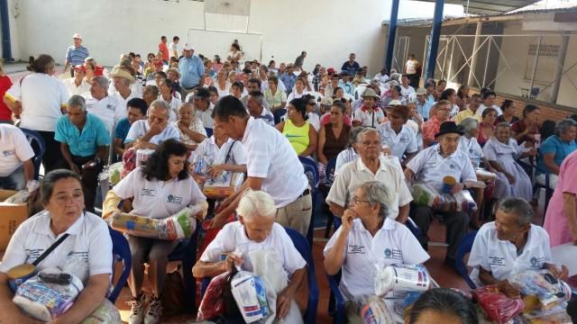Entrega de ayudas en Bochalema (2)