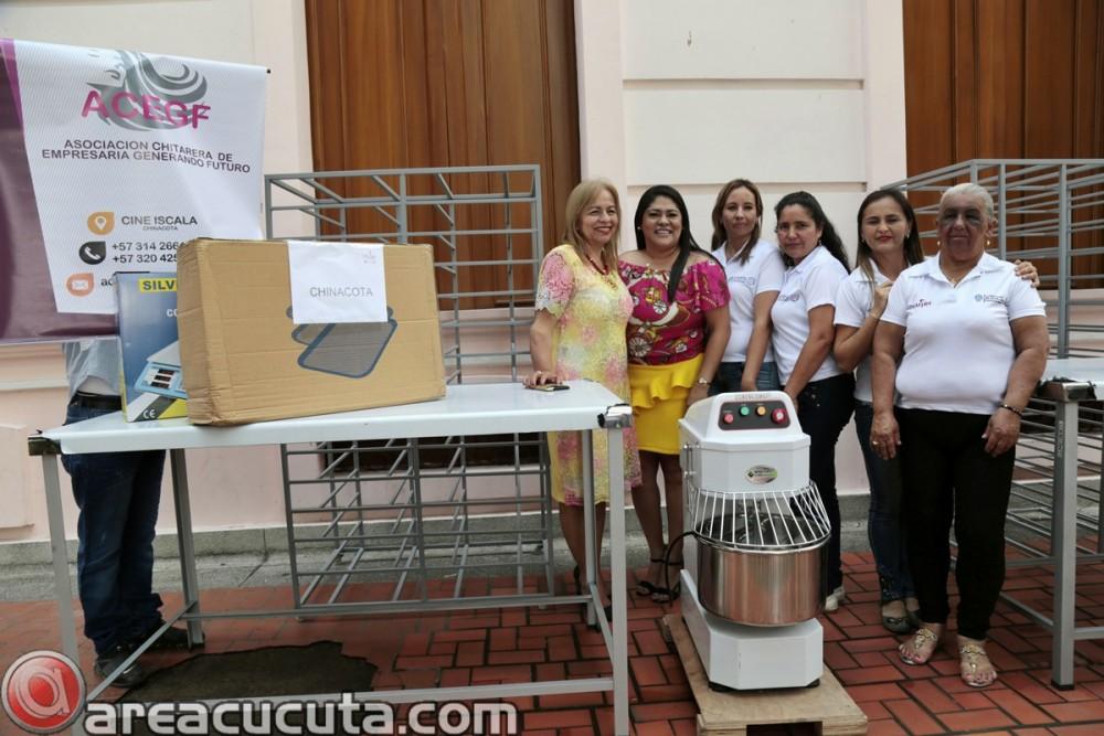 Entrega de capital semilla para asociaciones de Mujeres de San Calixto, Chinácota, Ragonvalia, Mutiscua y Durania (13)