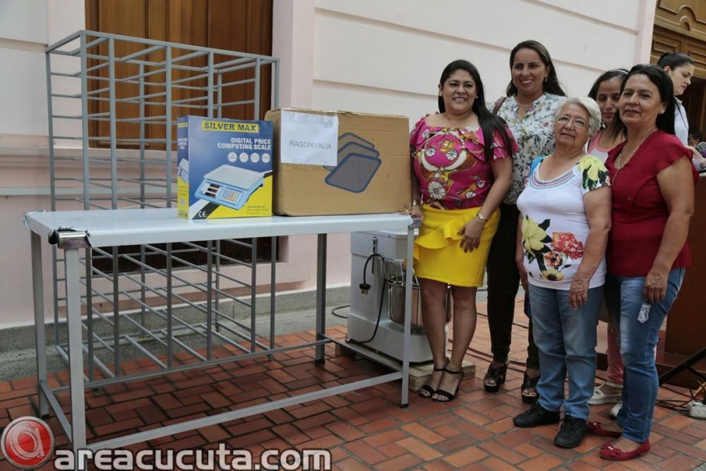 Entrega de capital semilla para asociaciones de Mujeres de San Calixto, Chinácota, Ragonvalia, Mutiscua y Durania (14)