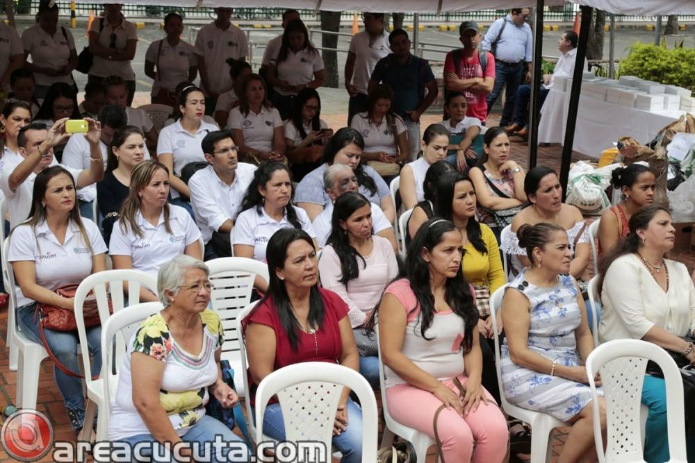 Entrega de capital semilla para asociaciones de Mujeres de San Calixto, Chinácota, Ragonvalia, Mutiscua y Durania (6)