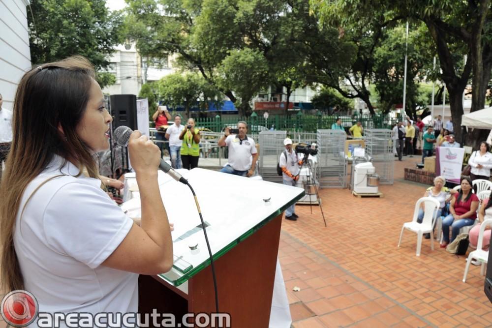 Entrega de capital semilla para asociaciones de Mujeres de San Calixto, Chinácota, Ragonvalia, Mutiscua y Durania (7)