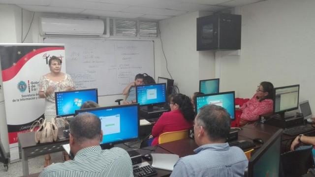 Capacitación sobre el uso del 'Software Vive Colegio' (2)