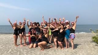 Viva Colombia 25 mujeres conocen el mar (4)