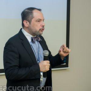 Javier Canal Gerente de Salud regional Nororiente