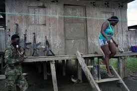 """Grupos armados ilegales imponen """"medidas draconianas"""" contra ..."""