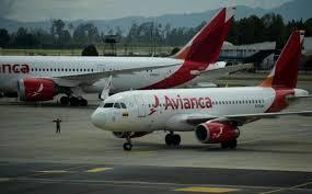 Aerolínea Avianca anuncia reinicio de operaciones en Colombia | Corrillos