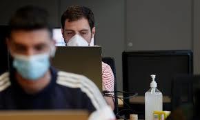 La COVID-19 puede borrar los avances de décadas en el cuidado de la salud,  dice la OMS Por Reuters